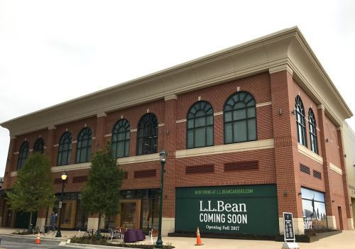 L.L.Bean store at Pike & Rose
