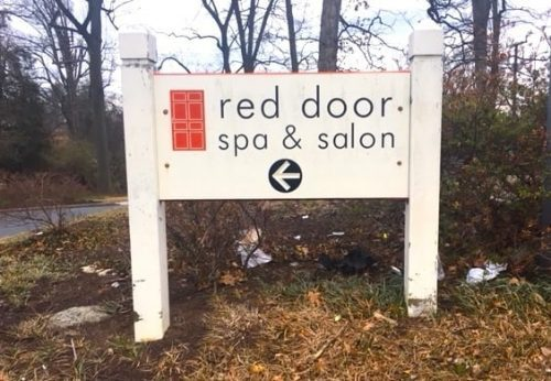 Elizabeth Arden Red Door Spa & Salon sign
